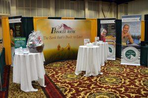 Pinnacle Bank Trade Show Booth